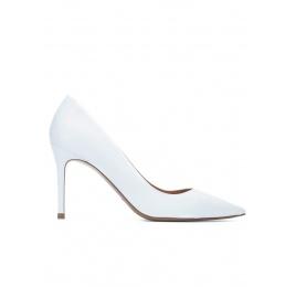 Zapatos de tacón blancos en piel Pura López