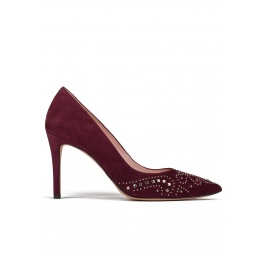 Studded high heel pumps in burgundy suede Pura López