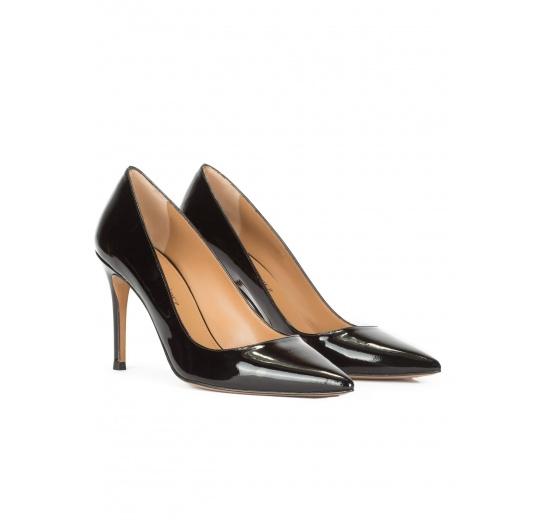 Black glossed leather heeled pumps Pura L�pez