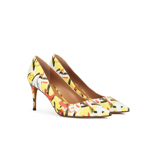 Graffitti print point-toe mid heel pumps Pura L�pez