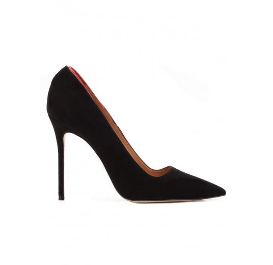 Zapatos de salón con tacón alto en ante negro Pura López