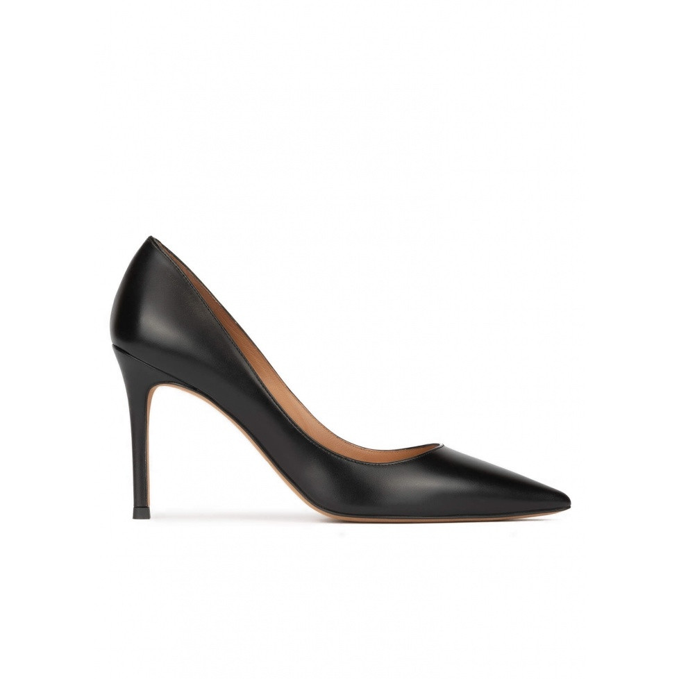 Black leather stiletto heel point-toe pumps