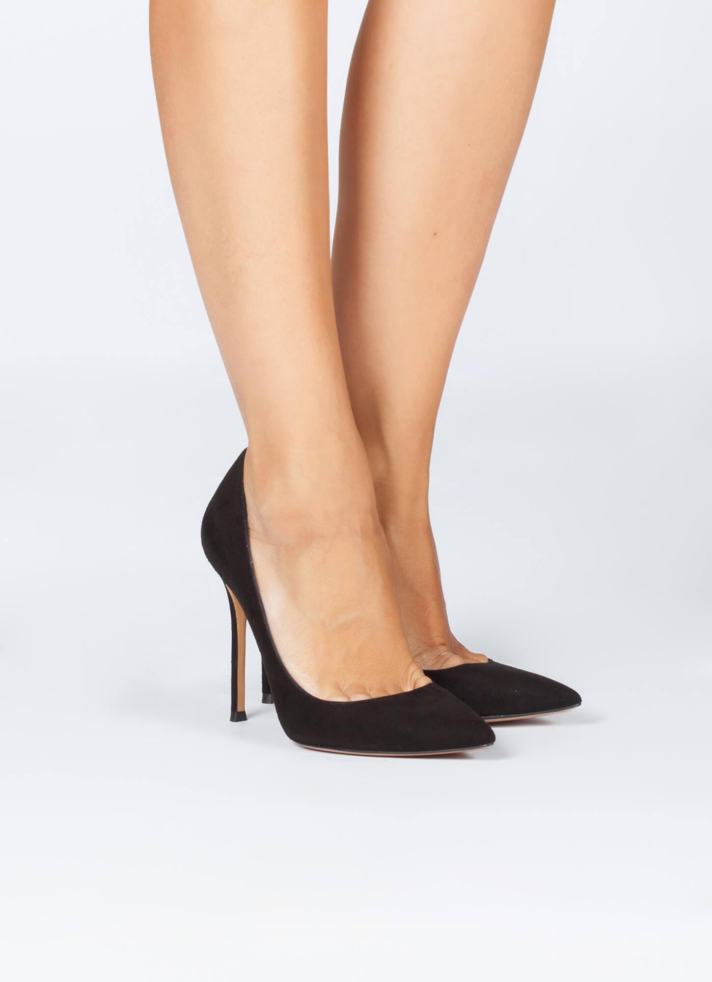 8072536a4c Zapatos de salón en ante negro - tienda de zapatos Pura López . PURA ...