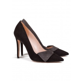 High heel pumps in black and grey suede Pura López