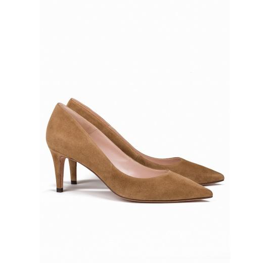 Mid heel pumps in camel suede Pura L�pez