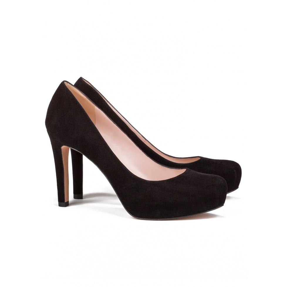 Zapato de salón negro con tacón medio -tienda de zapatos Pura López
