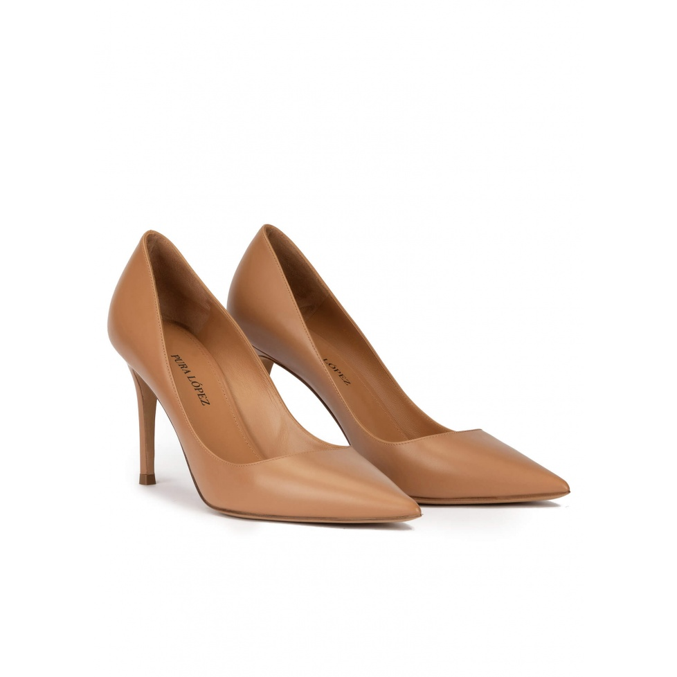 Camel leather pointy toe pumps