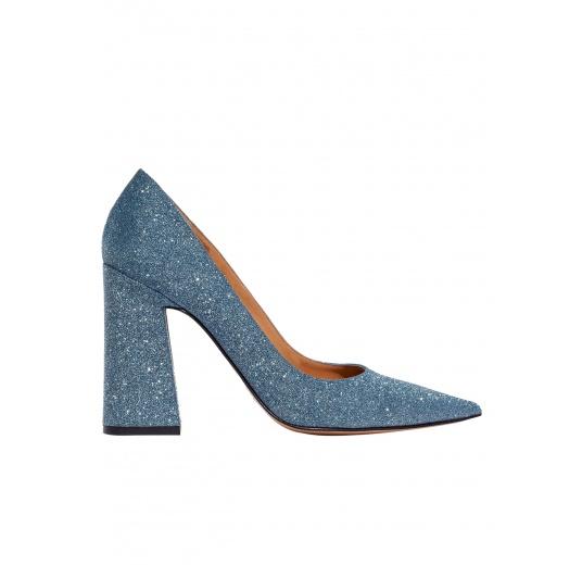 High block heel pumps in blue glitter Pura L�pez