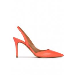 Zapatos destalonados de tacón alto y punta fina en piel coral Pura López