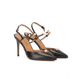 Flower detailed heeled slingback shoes in black leather Pura López