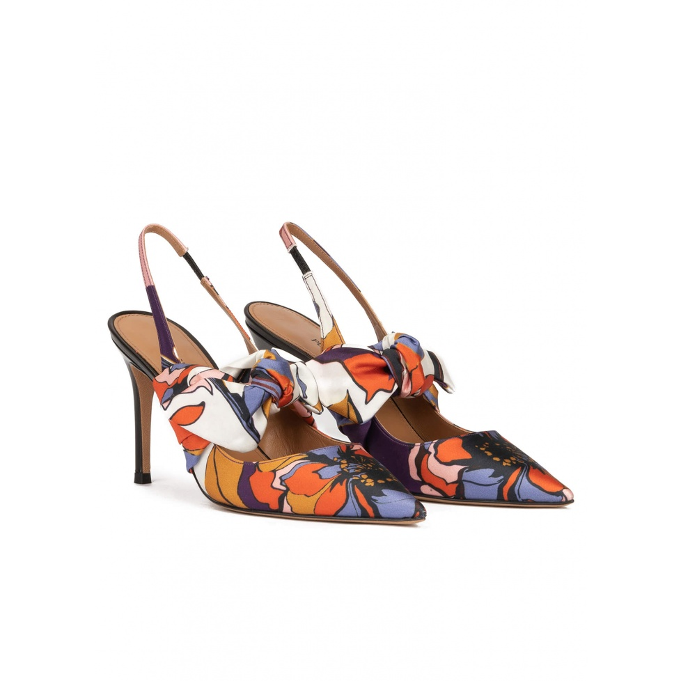 Bow detailed high heel slingback pumps in printed fabric