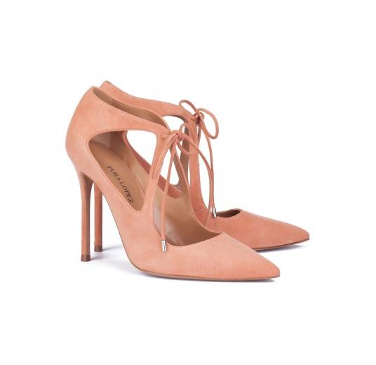 Zapatos de tacón alto con lazo en ante rosa antik Pura L�pez