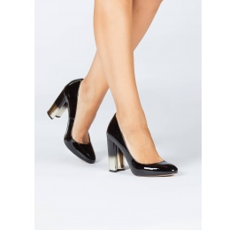 Black patent leather block heel pumps Pura López