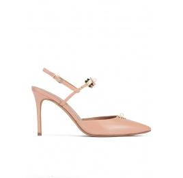Flower detailed high heel slingback pumps in nude leather Pura López