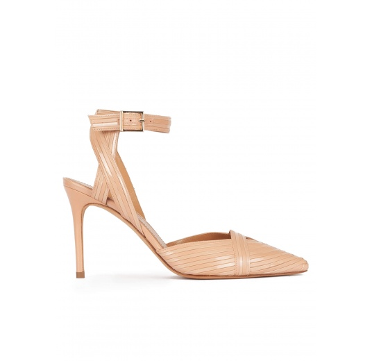 High heel slingback shoes in nude patent and leather Pura L�pez