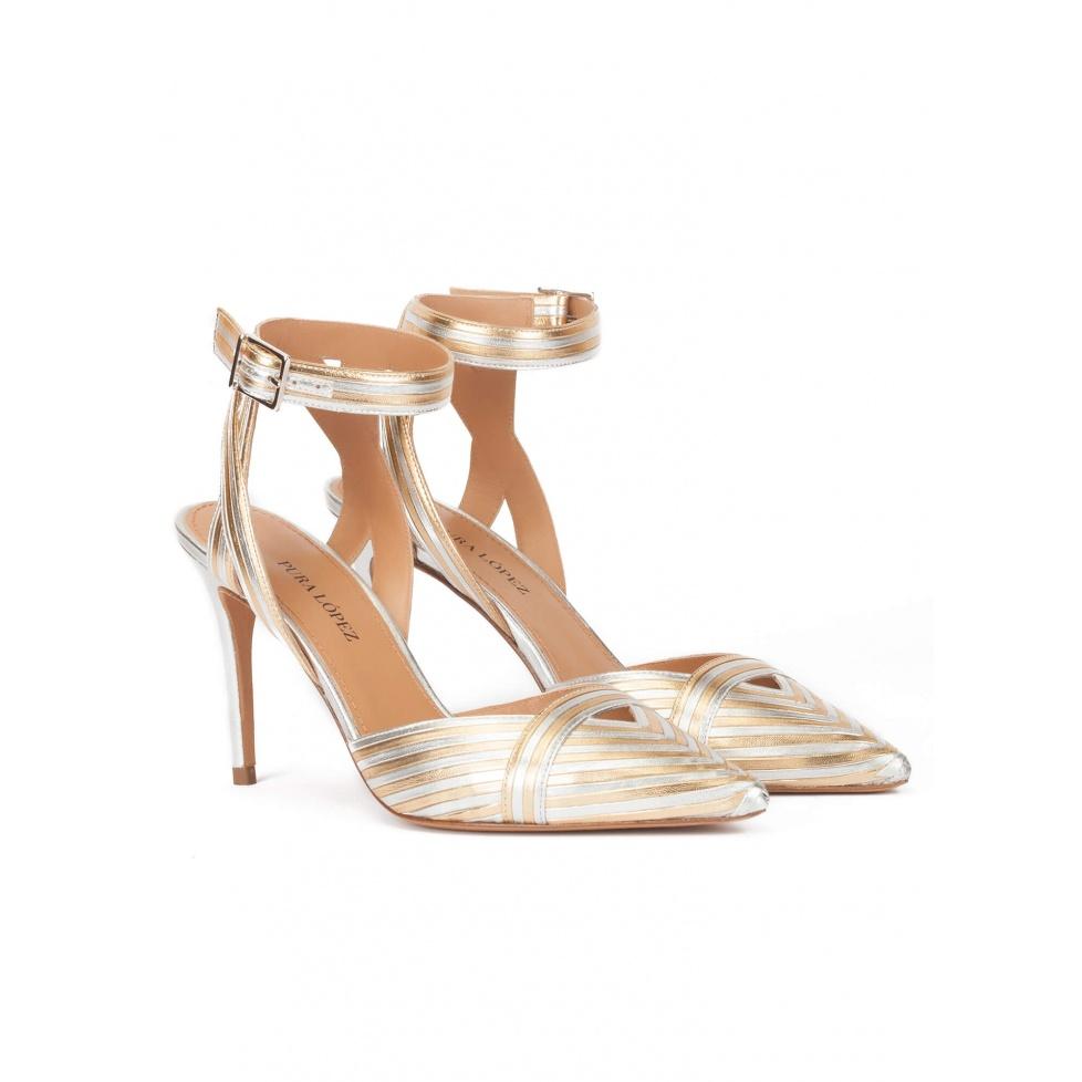 Zapatos destalonados de tacón alto metalizados bicolor