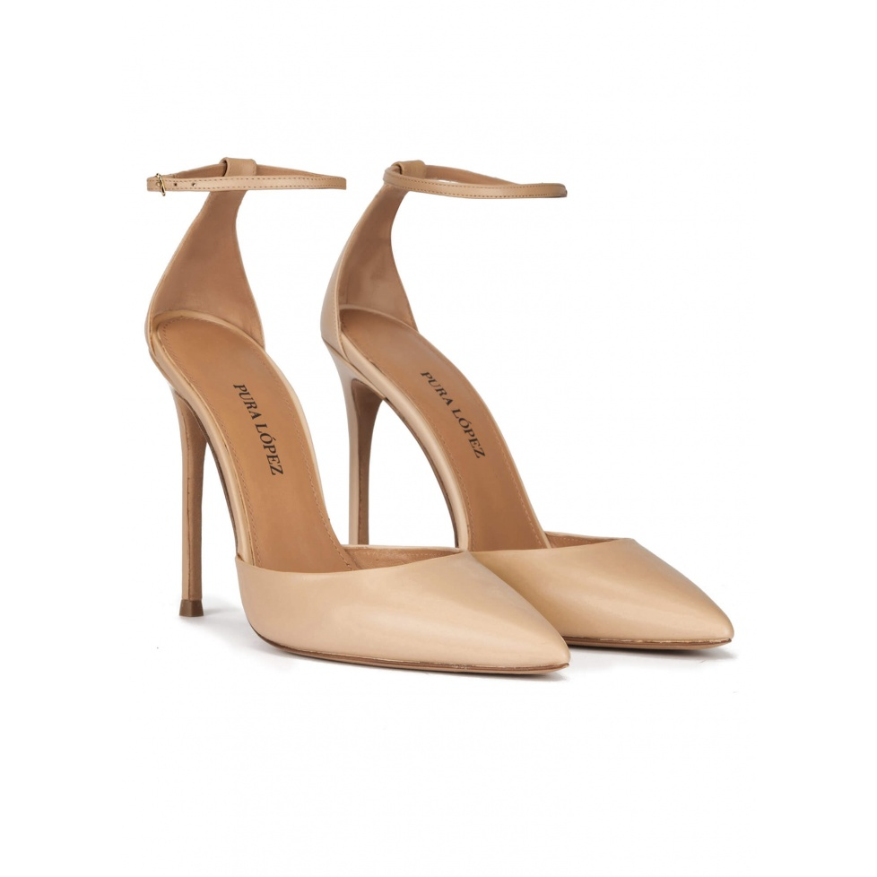 Ankle strap heeled point-toe pumps in beige leather