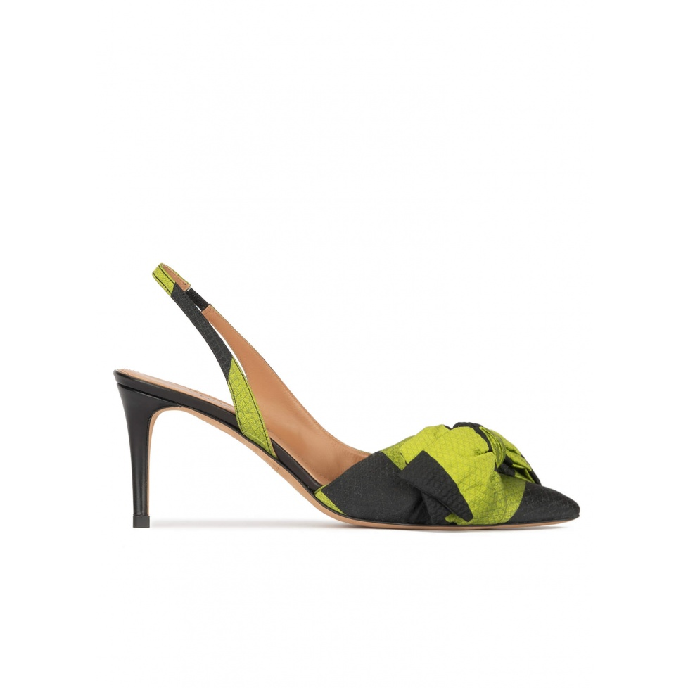 Bow detailed mid heel pumps in green and black fabric