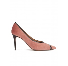 Nude velvet pointy toe pumps with black leather ankle strap Pura López