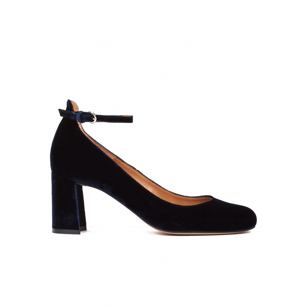Ankle strap mid heel shoes in night blue velvet