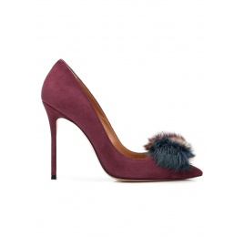 Pompom-embellished high heel pumps in aubergine suede Pura López
