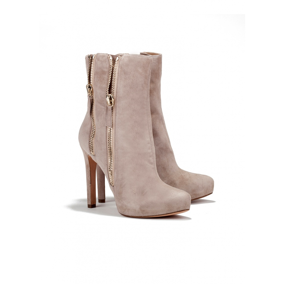 High heel ankle boots in sand suede - online shoe store Pura Lopez